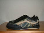 Rowley_XL2_Black_khaki_Camo_002.jpg