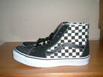 Sk8-Hi_Checkerboard)Black_True_White_002.jpg