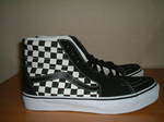 Sk8-Hi_Checkerboard)Black_True_White_003.jpg